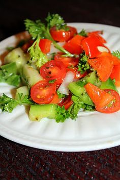 Basque Salad   -      http://thesistersbistro.blogspot.com/2010/12/basque-salad.html