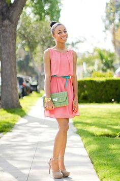 salmon  pink sleeveless dress, apple green croc clutch, nude platform pumps cute!