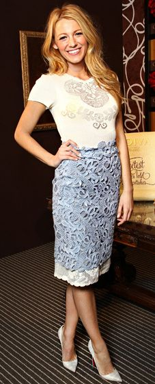 in love with this outfit!! [blake lively in valentino]