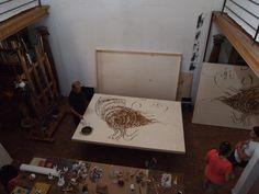 Omar Galliani al lavoro nel suo studio Omar Galliani at work in his atelier © Luca Trascinelli