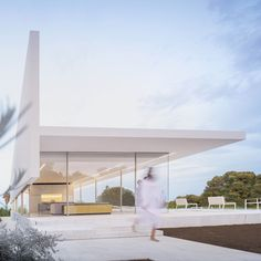 World Architecture Community News - Fran Silvestre Arquitectos completes Hofmann House with extruded roof in Valencia Minimalist Architecture, Interior Architecture, Interior Design, Farnsworth House, Journal Du Design, Religious Architecture, Box Houses, Glass Boxes, Good House