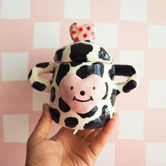 Ceramic Clay, Ceramic Pottery, Pottery Art, Diy Clay, Clay Crafts, Clay Art Projects, Sculpture Clay, Pretty Art, Art For Kids