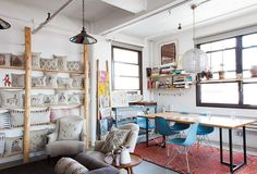 A 1,000-square-foot fourth-floor studio in the Brooklyn 'hood of Williamsburg