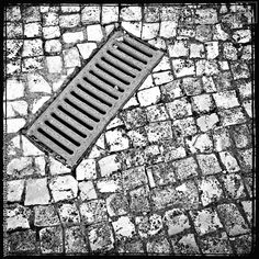 "212 ""Gutter"" Mobile phone - Project 365 - A photo per day throughout the year."
