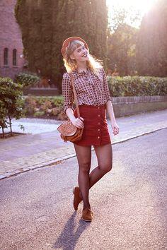 Retromantisch retro romantic fashion blog Topshop Boohoo beret  vintage brogues Sacha bag button skirt
