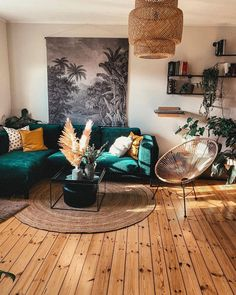Bohemian Latest And Stylish Home decor Design And Life Style Ideas What's Decoration? Decoration may be the art of decorating … Boho Living Room, Living Room Decor, Bedroom Decor, Bohemian Living, Living Room Artwork, Decor Room, Wall Decor, Living Rooms, Bedroom Rustic