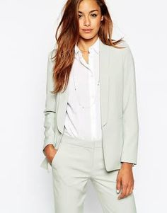 Buy ASOS Premium Suit Blazer with Collar Detail at ASOS. Get the latest trends with ASOS now. Formal Pant Suits, Ladies Trouser Suits, Blazers For Women, Suits For Women, Clothes For Women, Work Clothes, Business Outfits Women, Business Suits, Business Fashion