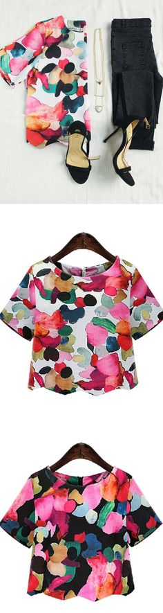 I super love this cute top,sweet floral print blouse would look awesome with dark skinny jeans and flats,must have it for Spring