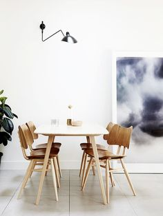 Retro dining space w
