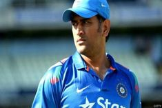 Sakshi Singh scotches rumours of Dhoni's retirement Dhoni Quotes, Cricket Tips, Cricket Wallpapers, Dhoni Wallpapers, Indian Hindi, Easy Makeup Tutorial, Thriller Film, Kiara Advani, Latest News Updates