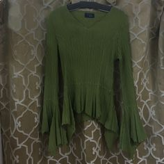 RAG flowy BOHO crinkly Lime green UNIQUE top S Crinkle blouse flare at waist. Flowy boho look! Great condition! Rag Tops Blouses