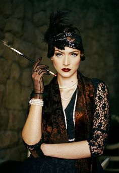 Idda van Munster: Dark 1920's Flapper Look by photographer Muna Nazak
