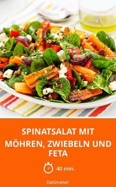 Spinatsalat mit Möhren, Zwiebeln und Feta