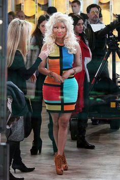 Nicki Minaj Cutout Boots - Nicki added drama to her bandage dress with cognac lace-up ankle booties. Nicki Minaj Wig, Nicki Minaj Body, Nicki Minaj Videos, Nicki Manaj, Cutout Boots, Fade Styles, Kim Taehyung, Celebrity Outfits, Celebs