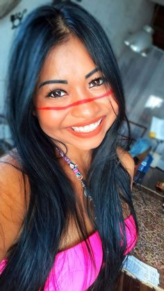 such a warm smile, self confidence is very important, I really appreciate the smile which made me happy. Native American Models, Native American Beauty, Native American Tribes, American Indians, Ethiopian Beauty, Indian Beauty, Estilo Cowgirl, American Indian Girl, Amazon Girl