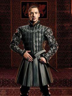 Jonathan Rhys Meyers as Henry VIII in The Tudors. My favorite shows Los Tudor, Tudor Era, Tudor Style, Jonathan Rhys Meyers, Movies Costumes, Tudor Costumes, Enrique Viii, Elisabeth I, Tudor Fashion