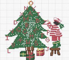 Gallery.ru / Arbre de Noel Christmas tree - Rue du port - natalytretyak Cross Stitching, Cross Stitch Embroidery, Cross Stitch Patterns, Rue Du Port, Cross Stitch Sea, Noel Christmas, Clematis, Needlework, Crochet