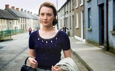 Such a beautiful sweater - blouse! Saoirse Ronan in Brooklyn (2015).