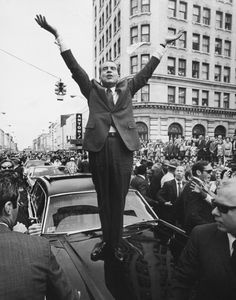 Richard Nixon was the U. president and the only commander-in-chief to resign from his position, after the Watergate scandal. American Presidents, Us Presidents, Republican Presidents, Greatest Presidents, American Soldiers, Us History, American History, British History, Ancient History