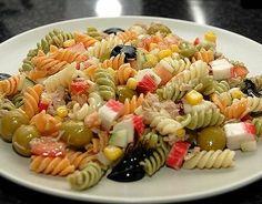 Foto de la receta de Ensalada de pasta con tomate Cold Lunches, Orange Chicken, Pasta Salad, Salad Recipes, Healthy Life, Seafood, Food And Drink, Cooking Recipes, Meals