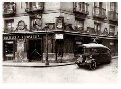 Pastelería Viena Capellanes. calle Arenal. 1920