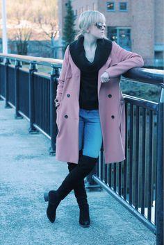Jakke fra Veromoda. Genser fra H&M (nytt innkjøp). Sko fra DNA. Bukse fra Match. Michaelkors solb... Matcha, Coat, Jackets, Fashion, Blogging, Down Jackets, Moda, Sewing Coat, Fashion Styles