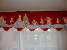 Aprende hacer cortinas navideñas Christmas Mom, Christmas Sewing, Retro Christmas, Christmas Projects, All Things Christmas, Holiday Crafts, Christmas Ornaments, Holiday Decor, Christmas Valances