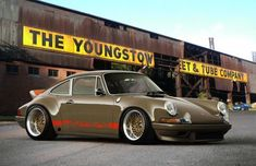 We love this color combo on this Porsche 911. It looks really great, The wide body kit also gives it a great stance.