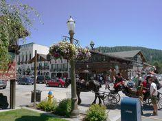 Leavenworth: Visitor's Guide to Washington's Bavarian Village: Fun Things to Do in Leavenworth Washington