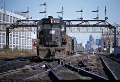 Net Photo: PC 6072 Penn Central EMD at West Detroit, Michigan by Center for Railroad Photography and Art Railroad Photography, Art Photography, Railroad Pictures, Railroad History, Trains, Pennsylvania Railroad, New York Central, Bus, Diesel Locomotive