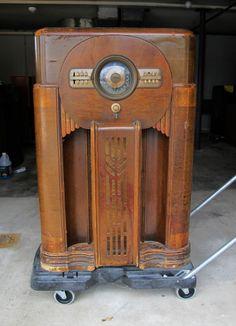 ZENITH 12S471 (1) Console Tube Radio