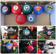 Decoração Natal Geek e Nerd - bolas Marvel e DC (Christmas ornaments - superheroes)