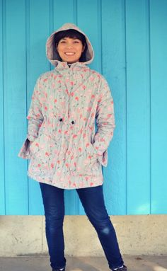 The Maxwell Raincoat sewing pattern from DG Patterns is handy lightweight jacket to keep you dry! This is a lovely loose jacket sewing pattern has dolman sleeves. Coat Pattern Sewing, Dress Sewing Patterns, Jacket Pattern, Sewing Magazines, Sewing Tutorials, Sewing Projects, Lightweight Jacket, Winter Wardrobe, Woven Fabric