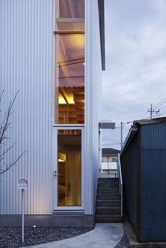 Blanca Hut y Tilia Japonica / Takahashi Maki and Associates