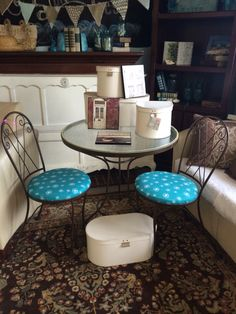 Cute ice cream parlor set with redeemed seats