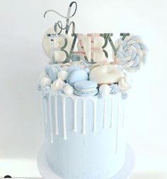 15 Gorgeous Boy Baby Shower Cakes - Find Your Cake Inspiration Have a baby boy on way or want to plan a baby boy shower? Check out unique baby boy shower cake ideas ranging from simple buttercream to fondant designs. Torta Baby Shower, Baby Shower Kuchen, Tortas Baby Shower Niña, Baby Shower Pasta, Comida Para Baby Shower, Deco Baby Shower, Baby Shower Cakes For Boys, Baby Boy Cakes, Baby Shower Parties
