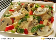 Žampionový salát s hermelínem a jarní cibulkou recept - TopRecepty.cz Top Recipes, Vegetable Salad, Pasta Salad, Potato Salad, Food And Drink, Potatoes, Chicken, Vegetables, Ethnic Recipes