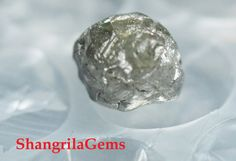 #shangrilagems #roughdiamonds 2.79ct  7.8mm Rough Diamond silver grey Conflict by ShangrilaGems