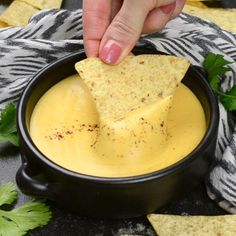 5 Minute Nacho Cheese Sauce - Go pin Looking for inspiration?This rich and tangy nacho cheese sauce only takes about 5 minutes to make and uses only real, simple ingredients.Appetizers Recipes This Nacho Cheese Sauce is so easy and addictive! Tasty Videos, Food Videos, Cooking Videos Tasty, Sauce Recipes, Cooking Recipes, Easy Recipes, Healthy Recipes, Milk Recipes, Cooking Tools