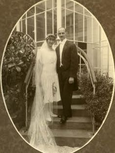 Otto and Edith marry on 12 May 1925. They live for a year with Otto's mother in Frankfurt am Main.