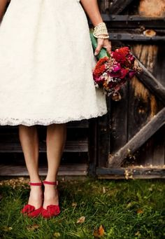 Strappy red bridal shoes go beautifully with a tea-length gown (via Wedding (II) Wishlist / Red Shoes)