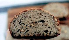 Pâine de secară cu nuci