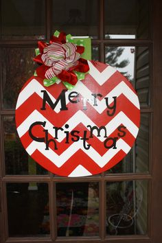 Hand painted wooden ornament door hanger. Love the chevron pattern! Christmas Wood Crafts, Christmas Yard, All Things Christmas, Holiday Crafts, Christmas Holidays, Christmas Wreaths, Christmas Decorations, Christmas Ornaments, Holiday Decor