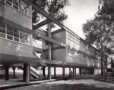 Escuela, Jardín Centenario, Coyoacán, México, DF 1949 Arq. Jose Luis Certucha Foto. Guillermo Zamora School, Coyoacan, Mexico, DF 1949