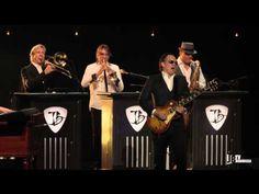 """""""I Gave Up Everything For You, 'Cept The Blues"""" - Joe Bonamassa - Live at Radio City Music Hall - YouTube"""