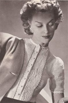 Vintage-Crochet-PATTERN Fancy Classic Tucked Blouse-Top; 40s