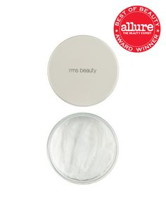 The one and only powder you will ever need. This ultra fine, light reflective powder is the ultimate finish to perfect looking skin. A virtually invisible powder that minimizes the appearance of pores
