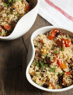 Comfort Food: Quinoa with Garlic Roasted Cherry Tomatoes and Chickpeas | The Full Helping