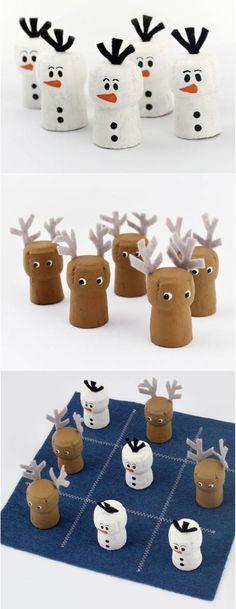 Tic-Tac-Snow DIY Wine Cork Game of Tic-Tac-Toe - a super cute twist to an ever enduring classic Wine Craft, Wine Cork Crafts, Bottle Crafts, Champagne Cork Crafts, Kids Crafts, Diy And Crafts, Craft Projects, Christmas Projects, Kids Christmas