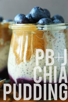 AMAZING PB&J Chia Pudding! 7 Ingredients, naturally sweetened, SO HEALTHY! I will have to do some substitutions to fit my elimination diet but within my limitations this pretty number could keep my mind off it Chia Pudding, Pudding Vanille, Vegan Breakfast Recipes, Vegan Desserts, Vegan Recipes, Baker Recipes, Cooking Recipes, Desayuno Paleo, Pudding Recipes